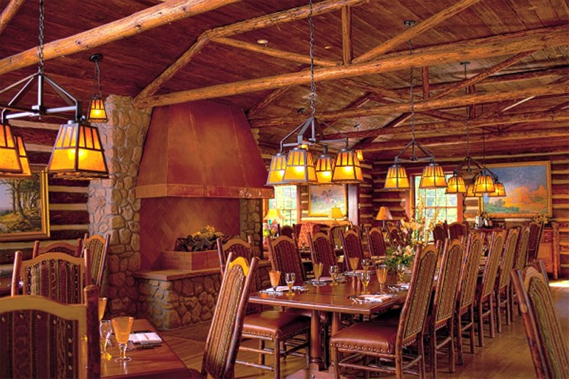 Dining at Broadmoor Wilderness Experience in Colorado Spring, Colorado
