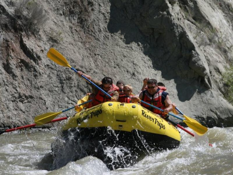 Rafting at Wyoming's beautiful Crossed Sabres Ranch