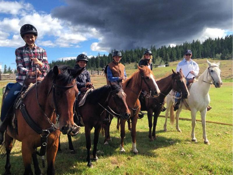 Experience horseback rides at Wyoming's beautiful Crossed Sabres Ranch