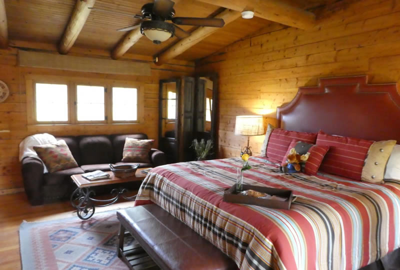 Lodging at Rawah Ranch in Glendevey, Colorado