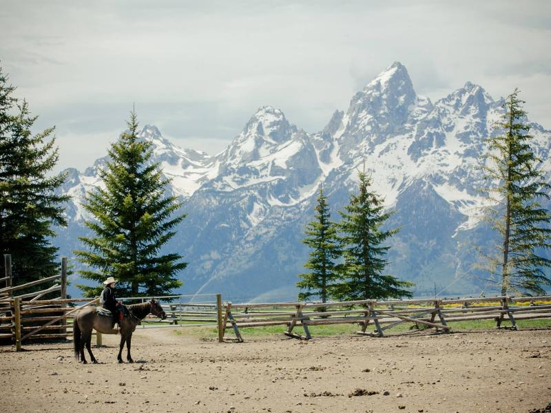 Horseback riding adventures for the entire family at Lost Creek Ranch in Wyoming