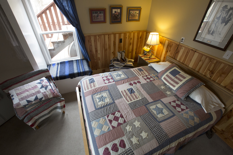 Enjoy a lovely room at Wilson Ranches Retreat in Fossil, Oregon