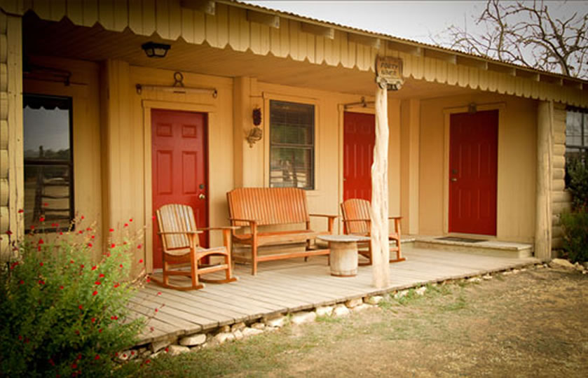 Lodging at Dixie Dude Ranch in Texas