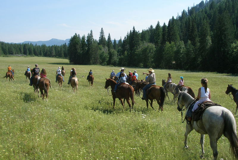 Horseback riding at Bull Hill Guest Ranch in Washington