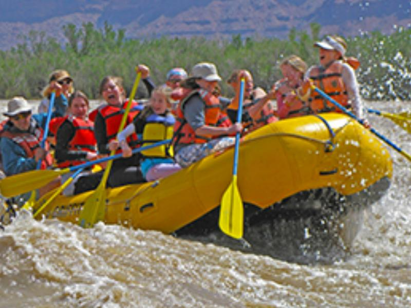 Rafting at Utah Sorrel River Ranch Hotel & Spa Resort